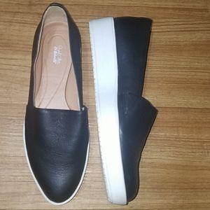 Dr School's  shoes size  7.5